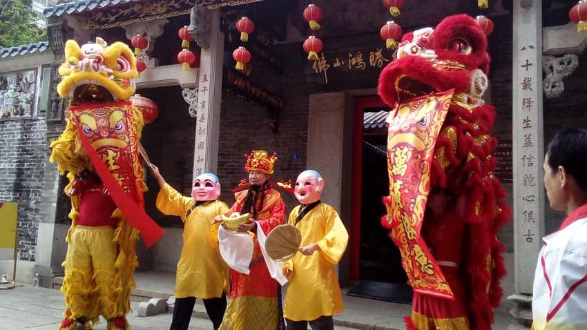 Año Nuevo chino, Danza del León, Foshan